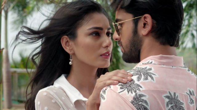 Vish 28th June 2019 Written Updates Full Episode: Romance between Aliya and Aditya