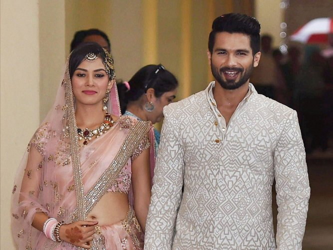 Bollywood Celebrity Couples Who Had An Arrange Marriage