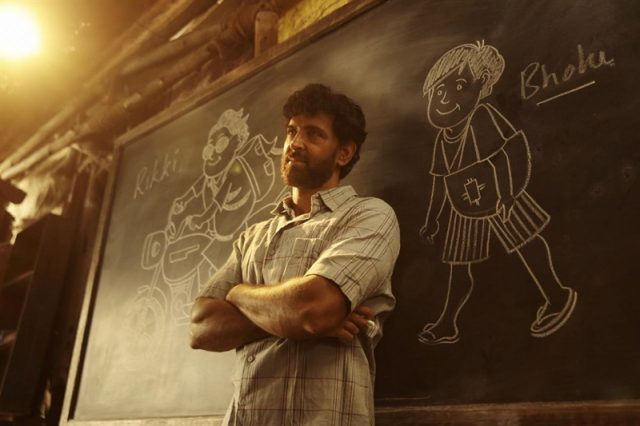 Super 30, Super 30 Review, Super 30 Movie, Super 30 Box Office Collection, Hrithik Roshan, Mrunal Thakur, Pankaj Tripathi